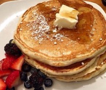 Huge pancakes @Penelope
